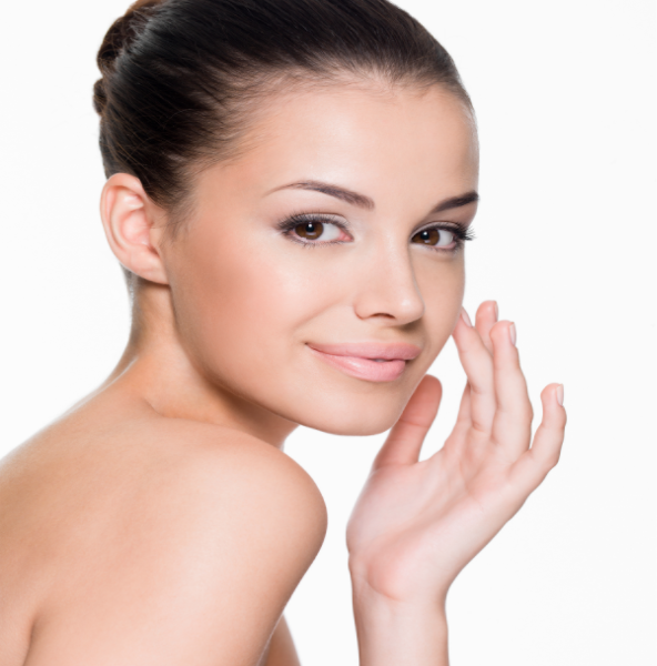 Aesthetic Surgery: Liquid vs. Surgical Rhinoplasty, Which Is Right For You?